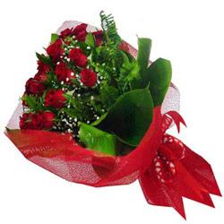 Ulus Ankara çiçek satışı  12 adet kirmizi essiz gül buketi - SEVENE ÖZEL
