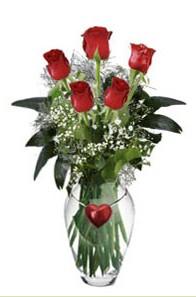 Ulus Ankara çiçek servisi , çiçekçi adresleri  5 adet kirmizi gül ve kalp çubuklu