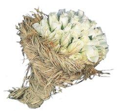 12 adet beyaz hasirda güller