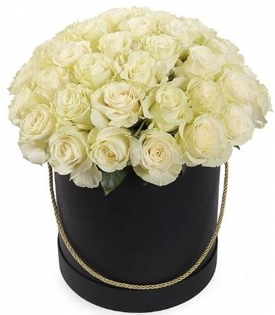 33 adet beyaz gül özel kutuda isteme çiçeği  Ulus Ankara hediye sevgilime hediye çiçek