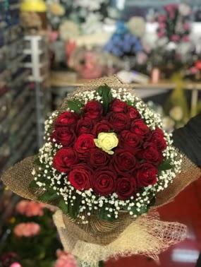 21 adet gül söz nişan çiçeği