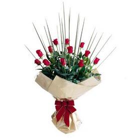 Ulus Ankara çiçek mağazası , çiçekçi adresleri  10 adet kirmizi gül özel buket çiçek siparisi