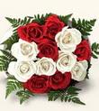 10 adet kirmizi beyaz güller - anneler günü için ideal seçimdir -