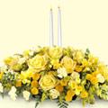 Ulus Ankara 14 şubat sevgililer günü çiçek  sadece sarilar ve mum