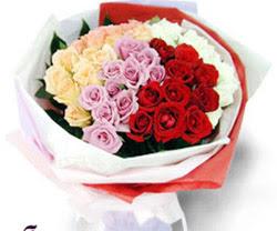 SEVENLERE ÖZEL 51 ADET GÜL  Ulus Ankara hediye sevgilime hediye çiçek