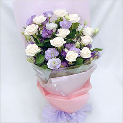 Ulus Ankara hediye sevgilime hediye çiçek  BEYAZ GÜLLER VE KIR ÇIÇEKLERIS BUKETI