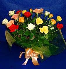 13 adet karisik renkli güller