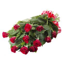 11 adet kirmizi gül buketi  Ulus Ankara ucuz çiçek gönder
