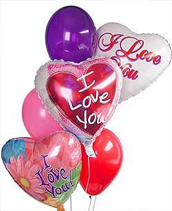 Ulus Ankara hediye sevgilime hediye çiçek  Sevdiklerinize 17 adet uçan balon demeti yollayin.