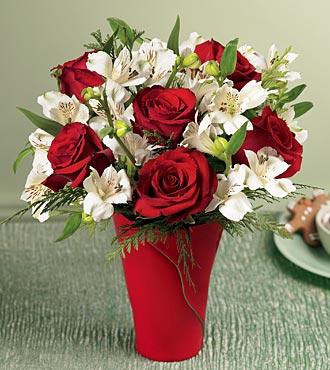 Ulus Ankara yurtiçi ve yurtdışı çiçek siparişi  6 adet kirmizi gül ve kir çiçekleri