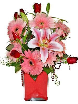 Ulus Ankara güvenli kaliteli hızlı çiçek  karisik cam yada mika vazoda mevsim çiçekleri mevsim demeti
