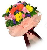 Ulus Ankara 14 şubat sevgililer günü çiçek  Karisik mevsim çiçeklerinden demet