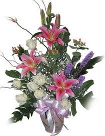 Ulus Ankara çiçek online çiçek siparişi  Görsel aranjman tanzimi - Görsellikte son sinir -