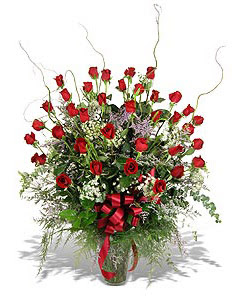 Ulus Ankara anneler günü çiçek yolla  33 adet kirmizi gül vazo içerisinde