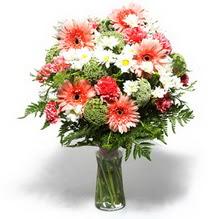 Ulus Ankara çiçek online çiçek siparişi  cam yada mika vazo içerisinde karisik demet çiçegi