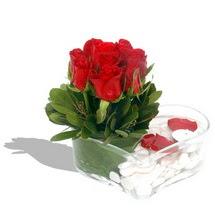 Mika kalp içerisinde 9 adet kirmizi gül  Ulus Ankara çiçek gönderme