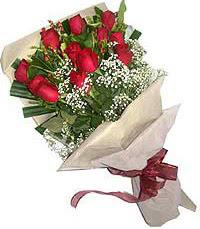 11 adet kirmizi güllerden özel buket  Ulus Ankara çiçek servisi , çiçekçi adresleri