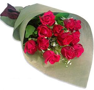 Uluslararasi çiçek firmasi 11 adet gül yolla  Ulus Ankara çiçekçi telefonları
