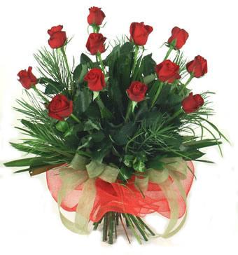 Çiçek yolla 12 adet kirmizi gül buketi  Ulus Ankara çiçek , çiçekçi , çiçekçilik