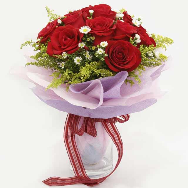 Çiçek gönderme estetikliginiz 11 gül buket  Ulus Ankara 14 şubat sevgililer günü çiçek