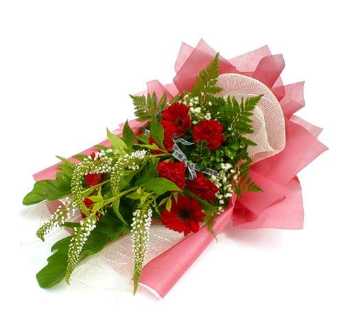 Karisik çiçek buketi mevsim buket  Ulus Ankara anneler günü çiçek yolla