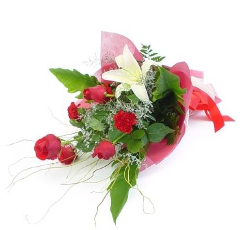 Mevsim çiçeklerinden karisik buket  Ulus Ankara güvenli kaliteli hızlı çiçek