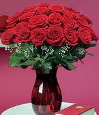 Ulus Ankara çiçek yolla  11 adet Vazoda Gül sevenler için ideal seçim