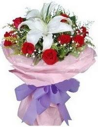 9 adet kirmizi gül 1 adet kazablanka buketi  Ulus Ankara 14 şubat sevgililer günü çiçek