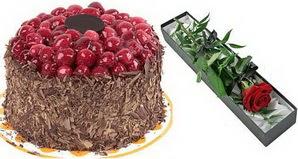 1 adet yas pasta ve 1 adet kutu gül  Ulus Ankara online çiçekçi , çiçek siparişi