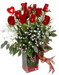 Ulus Ankara çiçek mağazası , çiçekçi adresleri  9 adet mika yada cam vazoda gül tanzimi kalp çubuk
