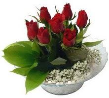 Ulus Ankara hediye sevgilime hediye çiçek  cam yada mika içerisinde 5 adet kirmizi gül