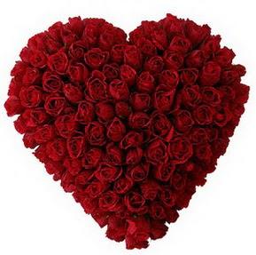 Ulus Ankara 14 şubat sevgililer günü çiçek  muhteşem kırmızı güllerden kalp çiçeği