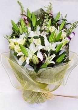 Ulus Ankara çiçek gönderme  3 adet kazablankalardan görsel buket çiçeği