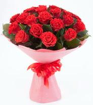 12 adet kırmızı gül buketi  Ulus Ankara anneler günü çiçek yolla
