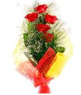 5 li kırmızı gül buketi  Ulus Ankara hediye sevgilime hediye çiçek