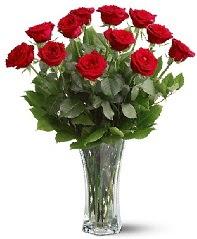 11 adet kırmızı gül vazoda  Ulus Ankara çiçek servisi , çiçekçi adresleri