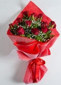 11 adet kırmızı gülden buket  Ulus Ankara kaliteli taze ve ucuz çiçekler