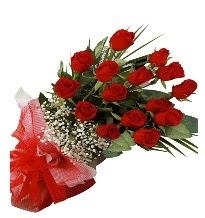 15 kırmızı gül buketi sevgiliye özel