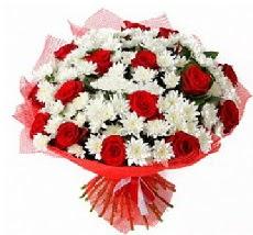 11 adet kırmızı gül ve 1 demet krizantem  Ulus Ankara çiçekçi telefonları
