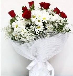 9 adet kırmızı gül ve papatyalar buketi  Ulus Ankara çiçek servisi , çiçekçi adresleri