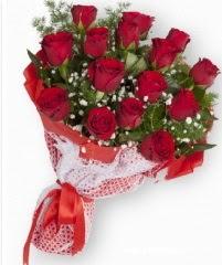 11 adet kırmızı gül buketi  Ulus Ankara yurtiçi ve yurtdışı çiçek siparişi