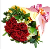 12 adet kırmızı gül ve papatyalar  Ulus Ankara İnternetten çiçek siparişi