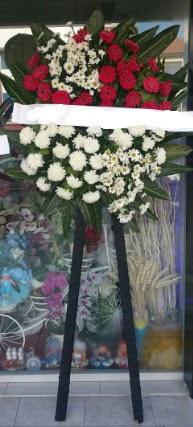 Cenaze çiçeği cenaze çiçek modelleri  Ulus Ankara anneler günü çiçek yolla