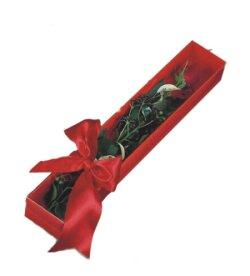 Ulus Ankara çiçek yolla  tek kutu gül sade ve sik