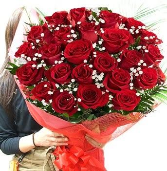 Kız isteme çiçeği buketi 33 adet kırmızı gül