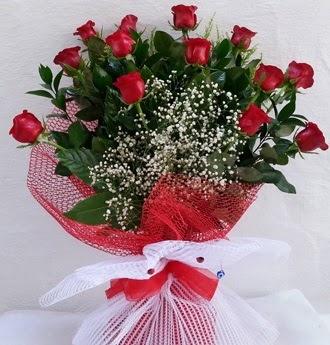 Kız isteme çiçeği buketi 13 adet kırmızı gül