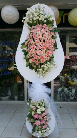 Çift katlı özel şahane sepet çiçeği