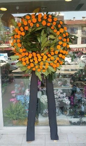 Cenaze çiçeği cenaze çelengi çiçek modeli