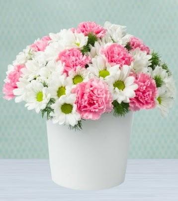 Seramik vazoda papatya ve kır çiçekleri  Ulus Ankara anneler günü çiçek yolla