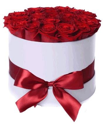 29 adet kırmızı gülden kutu çiçeği  Ulus Ankara çiçek , çiçekçi , çiçekçilik
